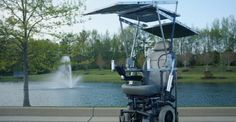 La sedie a rotelle con i pannelli solari che conquista 20mila dollari