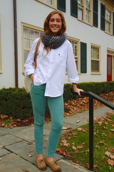 And sperrys preppy outfits, preppy style, fall outfits, preppy casual, cu. Preppy Casual, Preppy Outfits, Preppy Style, My Style, Preppy Girl, Fall College Outfits, Fall Outfits, Summer Outfits, Cute Outfits With Jeans