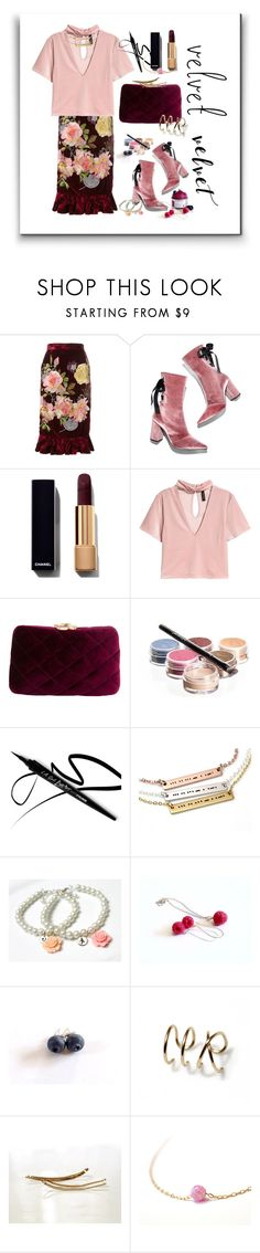 """""""Vintage Style"""" by treasury ❤ liked on Polyvore featuring Alice Archer, Robert Clergerie, Serpui, Bellápierre Cosmetics and vintage"""