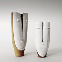 Some of the best ceramics I've seen in a long time! Atelier Dalo - Couple de vases Idole