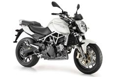 78d34114 Aprilia Mana 850 Speed Bike, Moto Guzzi, Vespa, Motorcycle News, Mustang,