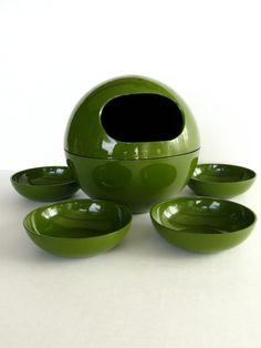 Vintage atomic mid century mod nut or candy bowls, avocado green plastic