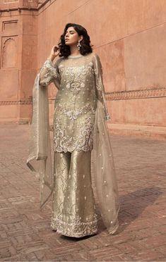 1307 best true colours of pakistani fashion ♙ images in 2019 Pakistani Party Wear Dresses, Shadi Dresses, Pakistani Wedding Outfits, Pakistani Wedding Dresses, Pakistani Dress Design, Indian Dresses, Hijabi Wedding, Nikkah Dress, Pakistani Designers
