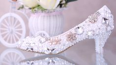 These gorgeous bridal shoes are luxuriously created with quality materials and embellished with pearls or beautiful crystals.