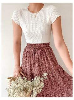 Cute Casual Outfits, Pretty Outfits, Pretty Clothes, Girly Outfits, Mode Outfits, Fashion Outfits, Fashion Skirts, Long Skirt Fashion, Modest Fashion