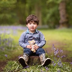 Spring Photo Shoots, Northampton Photographer, Prices from Fairies Photos, Toddler Photos, Spring Photos, Photo Shoots, Color Themes, Happy New Year, Family Photos, Festive, Drinking