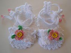 PDF Pattern Crochet Baby Sandals 3/6 Months Free Shipping. €3,00, via Etsy.