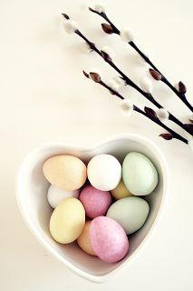 Pastel Easter egg decor