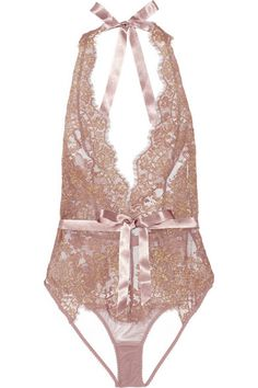 A collaboration between Mónica & Penélope Cruz and Agent Provocateur Dusty-pink stretch-tulle, dusty-pink and gold lace Lined at base Ties at neck, clasp fastening at back 77% polyamide, 14% metal, 9% polyester Hand wash
