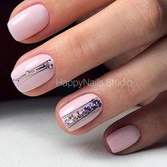 Make an original manicure for Valentine's Day - My Nails Classy Nails, Stylish Nails, Simple Nails, Cute Nail Art, Cute Nails, Pretty Nails, Minimalist Nails, Hair And Nails, My Nails
