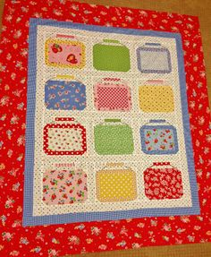 I love this idea for a quilt! Freda's Hive: Lakehouse Lunch Boxes - Most Fun Flimsy