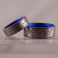 gallifreyan wedding rings (dr who language)