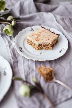 GF healthy carrot cake that is oh, so moist and delicious!