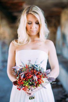 Thomas Berg - Hochzeitsfotograf Kärnten - Wedding Photography - Austria - Vintage Wedding Wedding Dresses, Vintage, Fashion, Mountain Photography, Bride Gowns, Wedding Gowns, Moda, La Mode, Weding Dresses