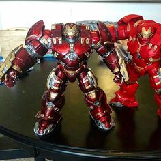 Dayum! Painted Marvel Legends Hulkbuster Iron Man BAF Looks Awesome! Via FB Bryan Harlan #toys #toystagram #ironman #marvellegends #hulkbuster #BAF #Hasbro #FLYGUY