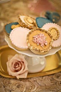 Maria's Antoinette: A MARIE ANTOINETTE WEDDING Cookies