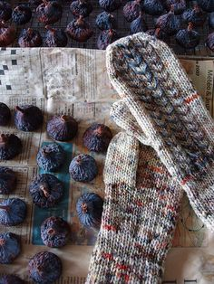 Ravelry: Mittens with Woven Design