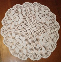 """Lovely Vintage Hand Crochet 15"""" Rose Pattern Doily - Clean-Washed-Pressed…"""