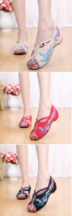 US$10.73 Phoenix Embroidered Old peking Vintage Flat Shoes