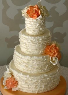 Photo: Cheryl Richards Photographer; So Incredibly Pretty Wedding Cakes - Cake: Confectionery Designs