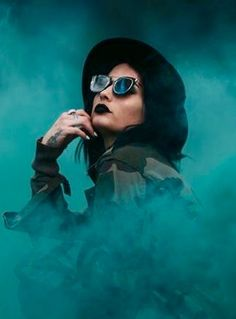 Smoke Bomb Photography, Dreamy Photography, Creative Portrait Photography, Girl Photography Poses, Creative Portraits, Rauch Fotografie, Photography Challenge, Shooting Photo, Pictures