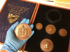 1851 Great Exhibition boxed set of medals presented to New Zealand. Presented to Governor George Grey acting on behalf of the Colony of New Zealand Henry Cole, Collection Manager, Charles Darwin, Prince Albert, Lewis Carroll, Crystal Palace, World's Fair, Queen Victoria