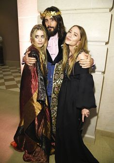 Ashley and Mary-Kate with Jared Leto at the Met Gala 2018