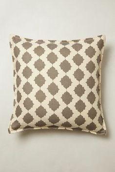 Furmah Pillow