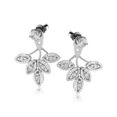 Luxurious and on-trend, these opulent earrings jackets made from 18k gold contain an impressive 1.08 ctw of white diamonds and are quite an addition to a pair of stud earrings.