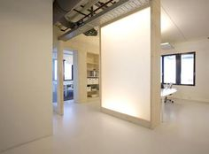 DEU0OU6 In10 Communication Offices