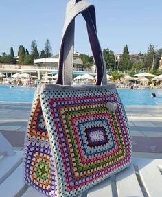 Crochet Backpack Pattern, Bag Pattern Free, Crochet Tote, Crochet Handbags, Crochet Purses, Crochet Yarn, Free Crochet, Crochet Motif Patterns, Bag Patterns To Sew