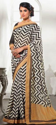 Actress #RichaChadda. #optical #saree #prints #Bollywood