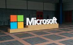 Η Microsoft μηνύει το Υπουργείο Δικαιοσύνης των ΗΠΑ! - http://secn.ws/1VpC9YI - Η Microsoft μηνύει το Υπουργείο Δικαιοσύνης με σκοπό να αποτρέψει την κυβέρνηση από το να αναγκάζει τις εταιρίες τεχνολογίας να παραδίδουν προσωπικά δεδομένα χωρίς τη γνώση των πελατών τους.   Η εταιρία