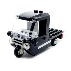 LEGO Tuk Tuk Truck for Minifigure - Signature Bricks