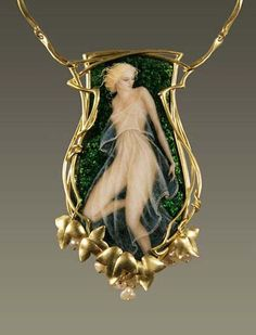 Larissa Podgoretz enamel & gold pendant