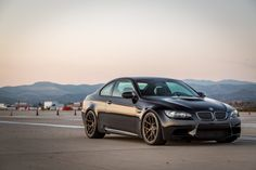 VIDEO: Watch BMW E92 M3 crash in BMW M4 hard during track day