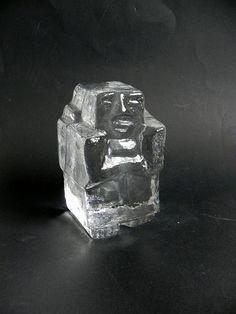 Erik Höglund Kosta Boda art glass paper weight sculpture of a
