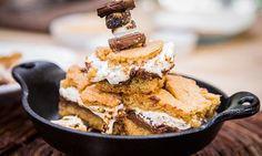 Home & Family - Recipes - Cristina Cooks Baked SMores Cookie Bars Just Desserts, Delicious Desserts, Baked Smores, Snack Recipes, Snacks, Spring Recipes, Winter Recipes, Brownie Bar, Cookie Bars
