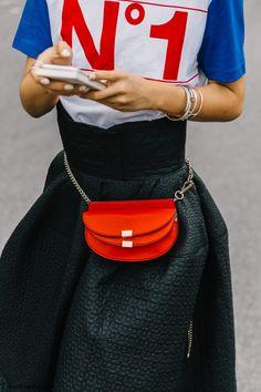 pfw-paris_fashion_week_ss17-street_style-outfits-collage_vintage-chloe-carven-balmain-barbara_bui-88