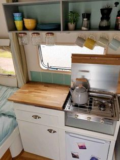 Cool 38 Beautiful Rv Camper Organization And Storage Ideas For Travel Trailers. Cool 38 Beautiful Rv Camper Organization And Storage Ideas For Travel Trailers. Retro Caravan, Caravan Decor, Caravan Hacks, Caravan Ideas, Camper Diy, Camper Storage, Tiny Camper, Caravan Makeover, Remodeled Campers