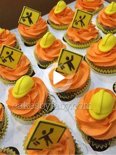 Birthday Cake Kids Boys, Birthday Themes For Boys, 3rd Birthday Parties, Cake Birthday, Birthday Banners, 1st Birthdays, Birthday Invitations, Construction Cupcakes, Construction Birthday Parties