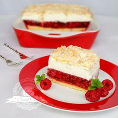 """Jak już sama nazwa wskazuje, """"Malinowa chmurka"""" - to delikatne, puszyste ciasto na podkładzie z kruchego ciasta, z galaretką malinową i... Creme, Sandwiches, Cheesecake, Food And Drink, Sweet Dreams, Blog, Cakes, Drinks, Sweets"""