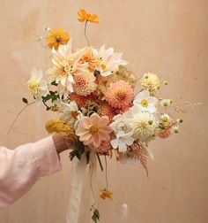 Floral Bouquets, Wedding Bouquets, Flower Decorations, Wedding Decorations, Floral Wedding, Wedding Flowers, Flower Aesthetic, Planting Flowers, Floral Arrangements
