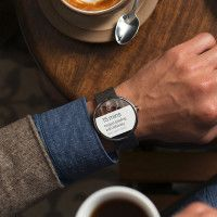 Android Wear is The Smartwatch You`ve Always Wanted | Cool Material