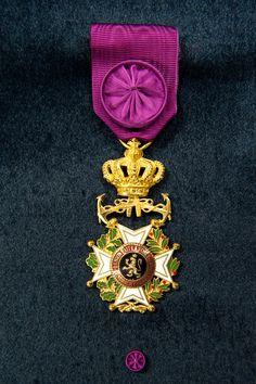 Order of Leopold (naval), Officer