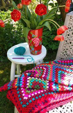 Handwerkjuffie: Een zomerse GRANNY XL deken