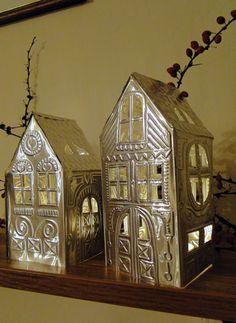 Svítící domečky z hliníkové folie