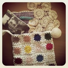 Granny square bag with gingham lining