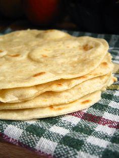 Najlepsza domowa Tortilla - jak zrobić. - Farmażony Crepes, Good Food, Yummy Food, Cooking Recipes, Vegan Recipes, Pizza, Happy Foods, Tortilla, Food Truck