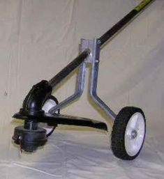 weed eaters with wheels Metal Projects, Welding Projects, Outdoor Projects, Diy Projects, Cool Tools, Diy Tools, Yard Tools, Homemade Tools, Lawn Care